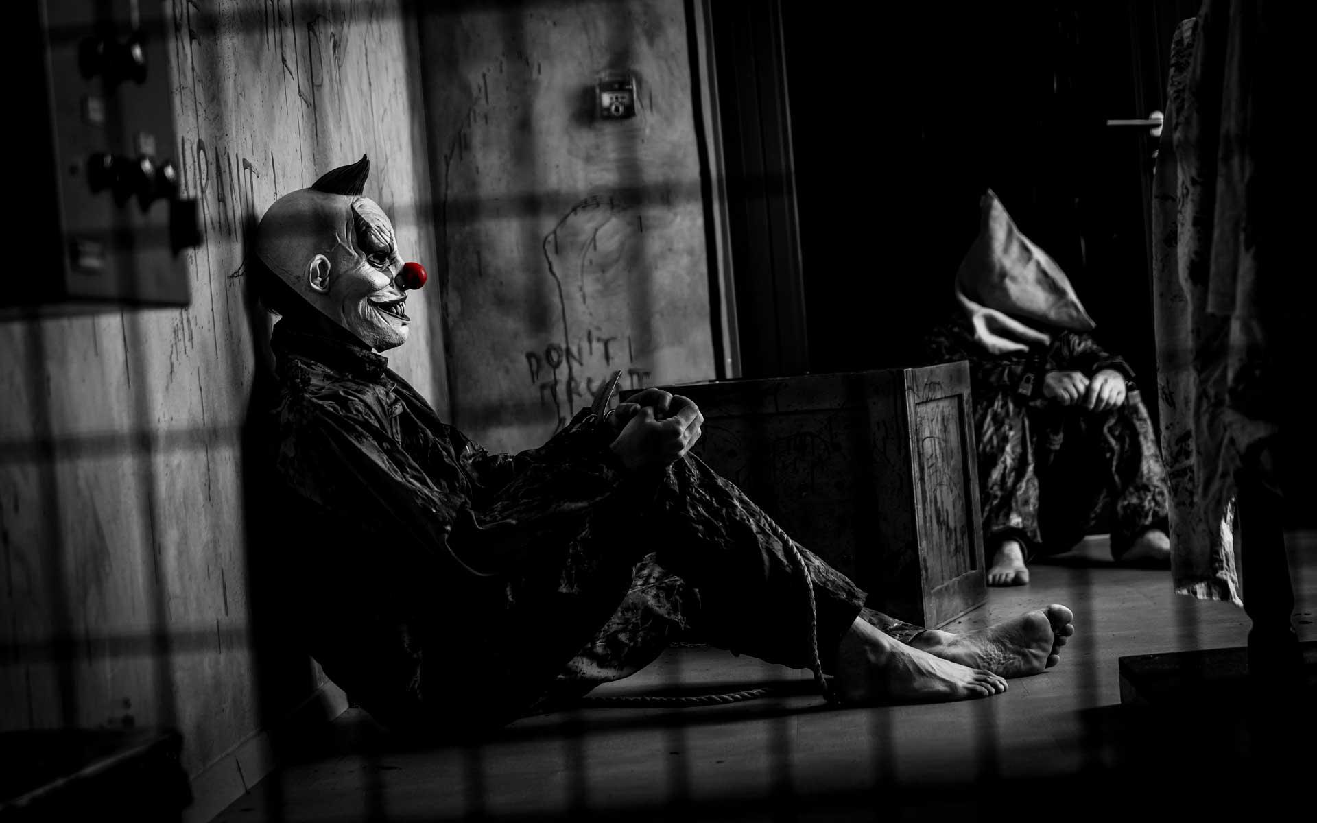 clown_02-07-21_1920x1200